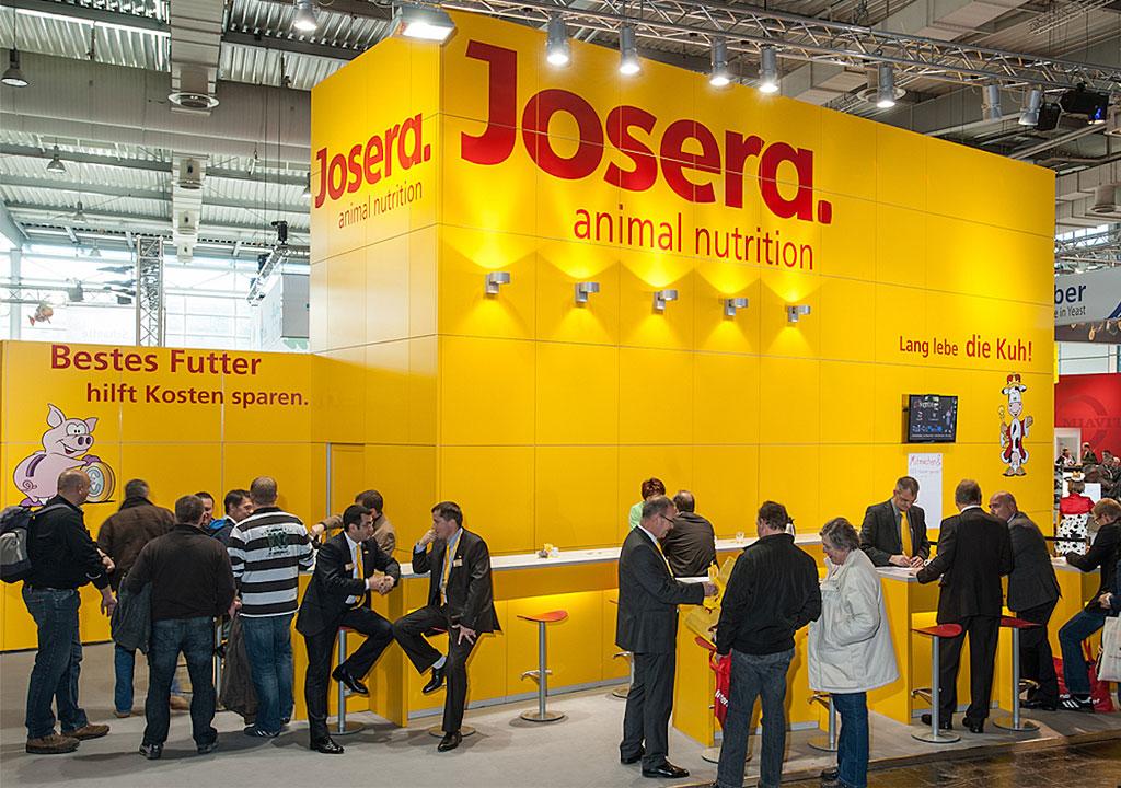 جوسرا ؛ شرکت تولید کننده محصولات سگ و گربه JOSERA